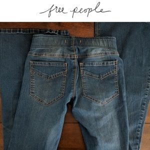  Free People Petite 25 Flare Jeggings 